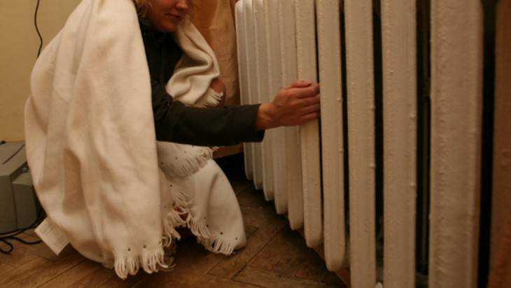 В Брянске дом на Севской улице превратили в холодильник