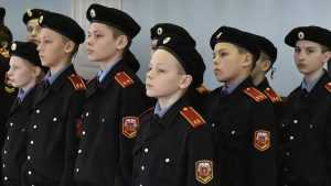 Педагога брянской кадетской школы накажут за грубость и оскорбления