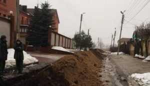 В Брянске жителям переулка Новый год испортили заменой теплотрассы