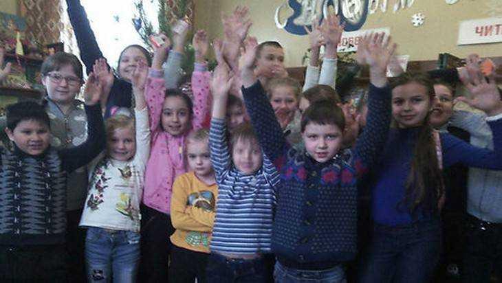 В детской библиотеке Мглина закружилась «Новогодняя карусель»