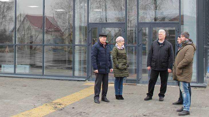 Суземские хоккеисты получат форму за 1,5 миллиона рублей