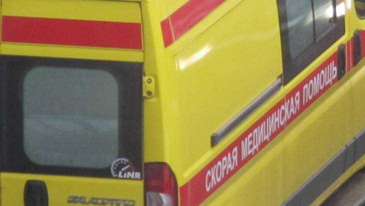 В Брянске столкнулись два автомобиля – пострадали пять человек