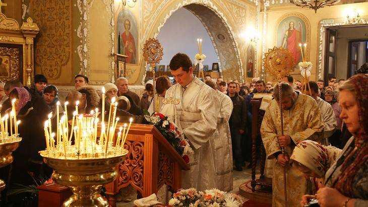 Губернатор принял участие в Рождественском богослужении В Клинцах