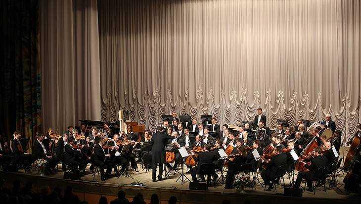 Жителей Брянска пригласили на бесплатный Рождественский концерт