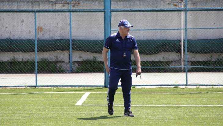 Главный тренер Софербий Ешугов ушел из брянского «Динамо»