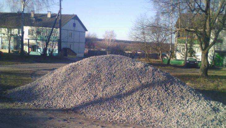 За ремонт дороги жителю брянского села пригрозили уголовным делом