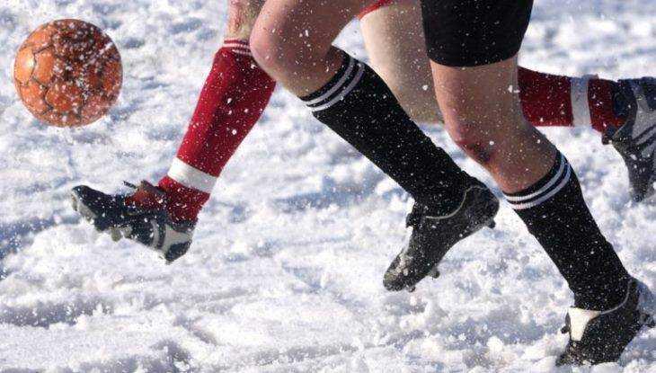 Брянцев бесплатно научат играть в зимний футбол