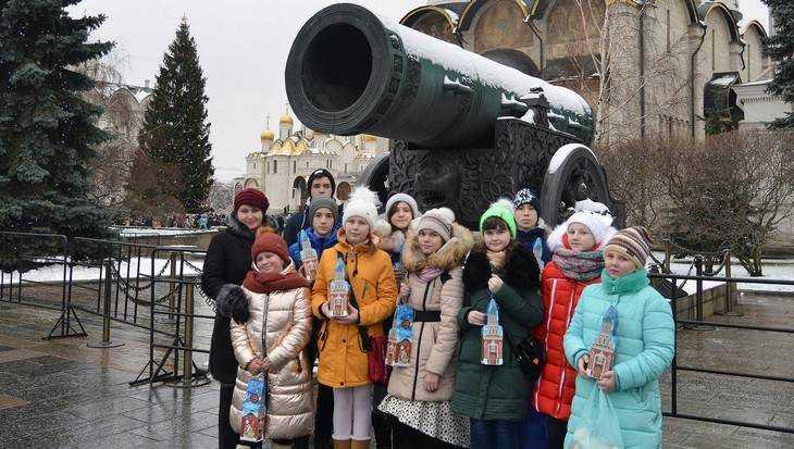 Брянские ребята очарованными вернулись из Москвы после каникул