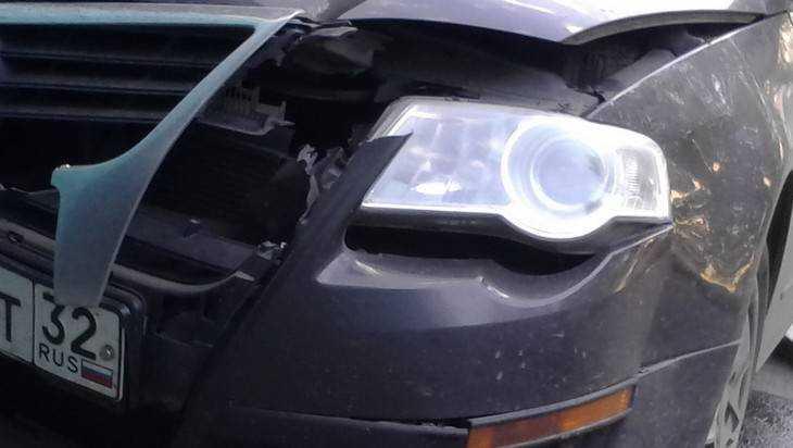 В новогоднюю ночь в Брянске произошло несколько аварий