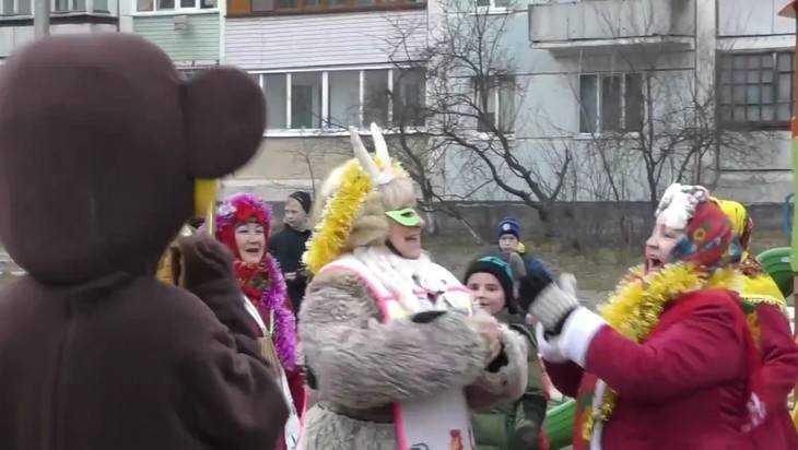 Жители Клинцов приняли участие в зимнем фестивале «Выходи гулять!»
