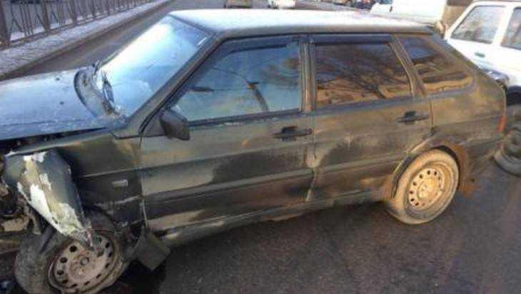 В Брянске автомобилистка попала в ДТП – расшибся 9-летний ребенок