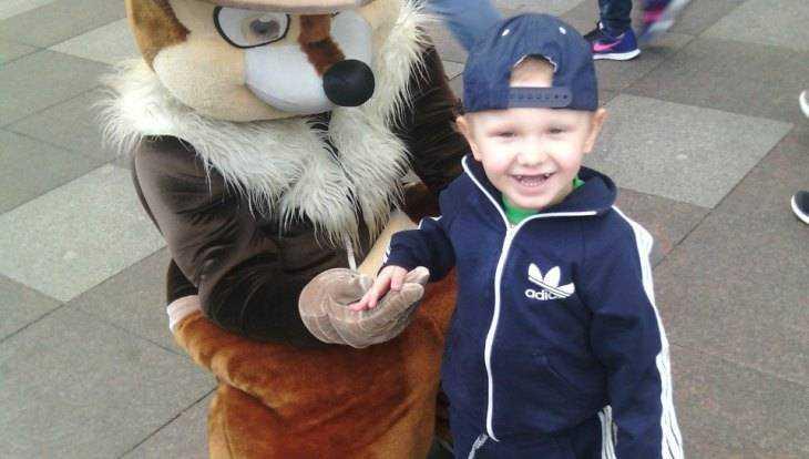 В Брянске скончался тяжело болевший 4-летний Артём Задохин