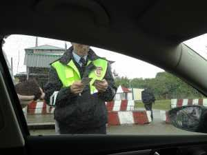 В Клинцах водителя отдали под суд за ложь и попытку укусить гаишника