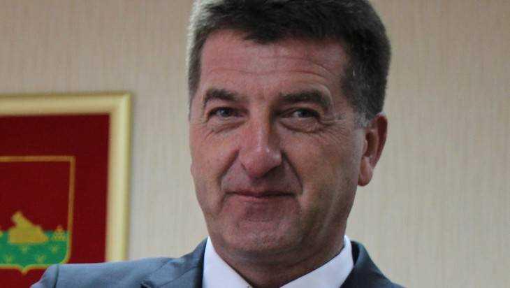 Глава Брянска Александр Хлиманков потерял автобус №25