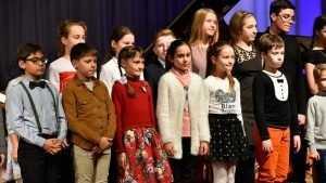 Для одаренных брянских детей вдвое увеличат именные стипендии