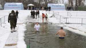 В Брянске на Крещение водителям запретили стоянку вблизи купелей