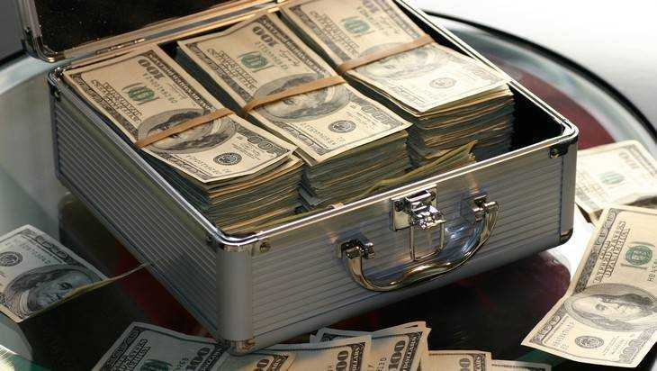 Россияне накопили рекордную сумму денег