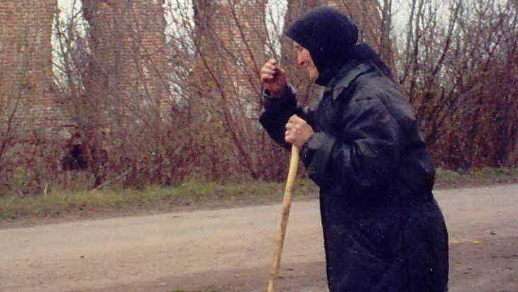 Брянск умилила история о бедной бабушке и купившем ей лекарство рыцаре