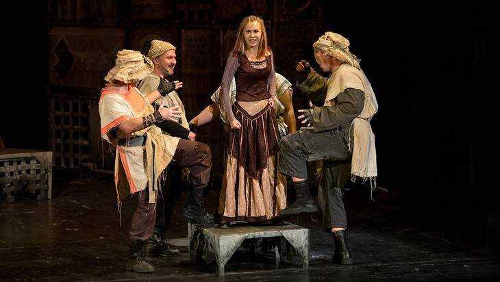 В Брянск приедет на гастроли орловский театр «Свободное пространство»