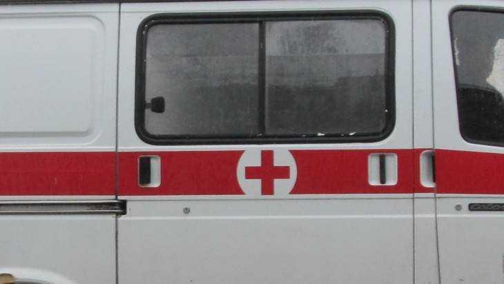 В Брянске водитель автобуса МАЗ врезался в иномарку