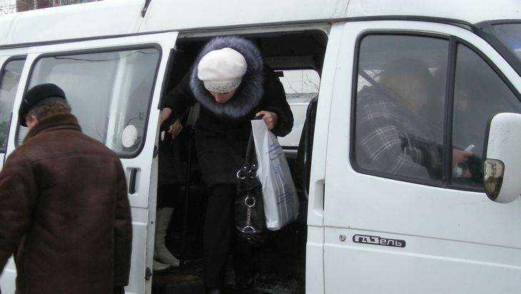 Нравы брянских кучеров: не обижайся, если выпадешь из маршрутки