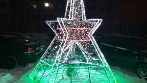 В Брянске установили сверкающую инсталляцию Кургана Бессмертия