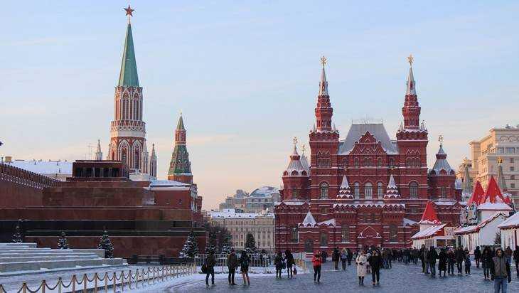 Бывший брянский сенатор предложила снести Мавзолей в Москве