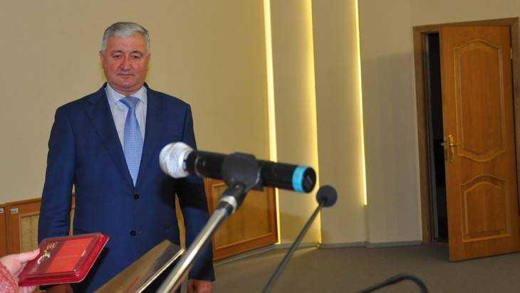 В Брянске начали искать замену руководителю областного суда