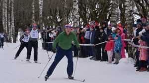 В парк Брянска на «Лыжню России» привезли 30 машин снега