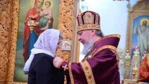 Митрополит Брянский и Севский Александр совершил литургию в Локте