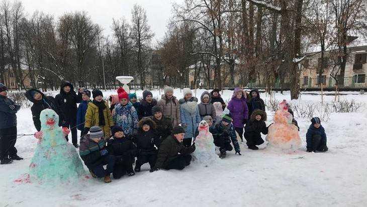 Брянские школьники дали старт акции «Снеговик — 2018»