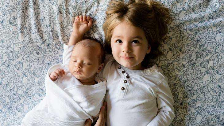 Минтруд проконтролирует выплаты на первого и второго ребенка