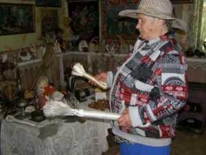 Жительница села Глоднево открыла в своём дворе народный музей