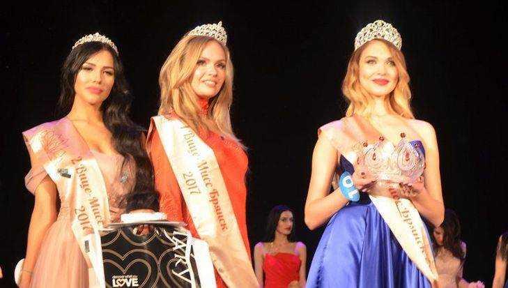 Брянских красавиц пригласили на конкурс «Мисс Брянск»
