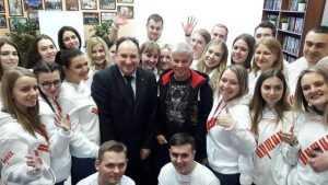 В Брянске Олег Газманов посетил штаб кандидата Владимира Путина