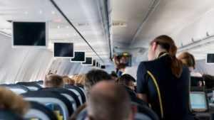 Штраф авиадебоширам хотят увеличить в 10 раз