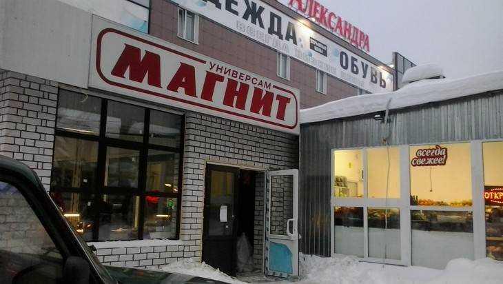 Беглец Коломейцев завершил строительство очередного сарая в Брянске