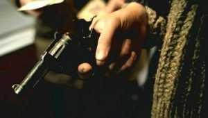 В Злынке 41-летнего мужчину обвинили в контрабанде оружия и патронов