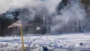 Белобережцам после выборов предложили попариться в бане на озере