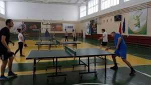 В Брянске сотрудники прокуратуры сыграли в настольный теннис