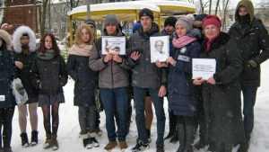 «Умом Россию не понять»: в Брянске на улице прочитали стихи Тютчева