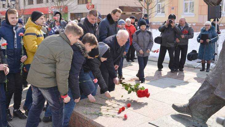 В Брянске прошла акция памяти Юрия Гагарина