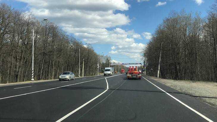 Дорогу от Брянска до памятника Воинам-водителям отремонтировали