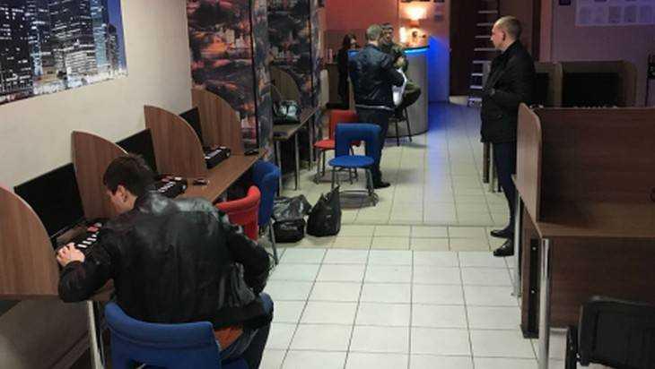 Брянская полиция за день закрыла семь подпольных игровых салонов