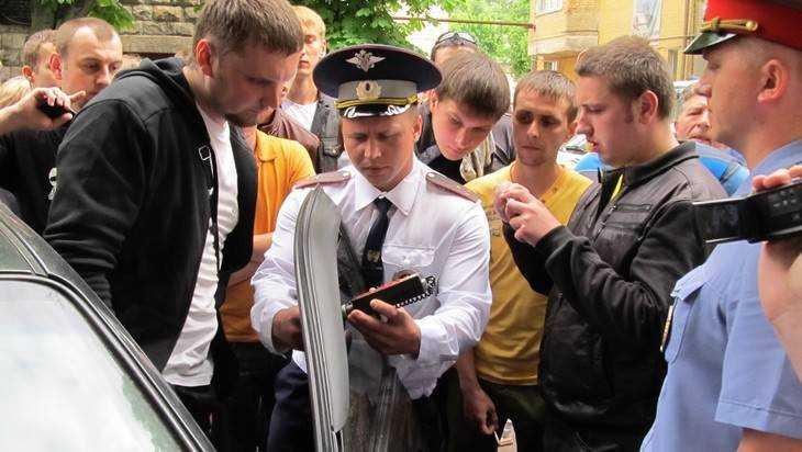 В Брянске начнется охота на водителей тонированных автомобилей