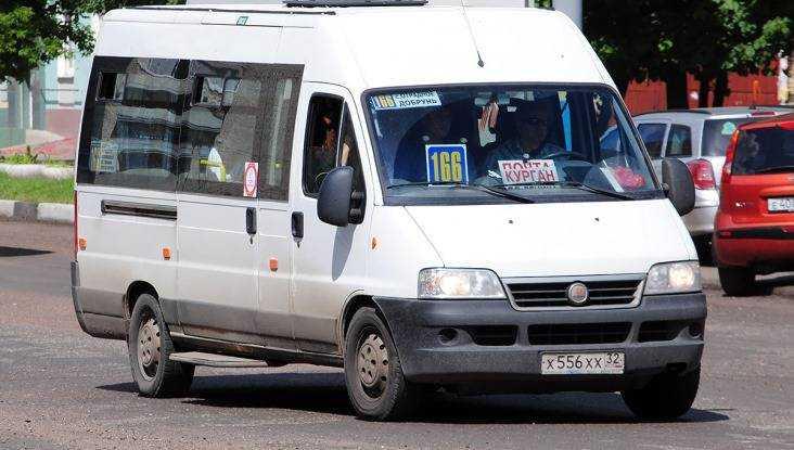 В брянской маршрутке № 166 разбилась 56-летняя пенсионерка
