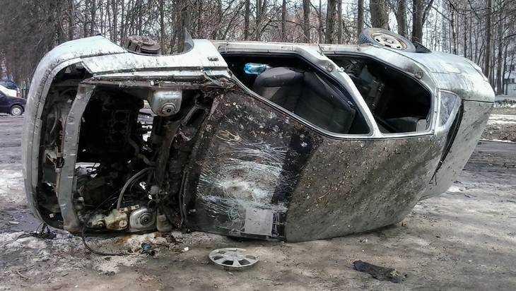 В течение месяца брянские варвары оставили от машины рожки да ножки