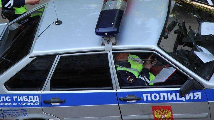 В Брянске пьяный 25-летний водитель иномарки сбил женщину и скрылся