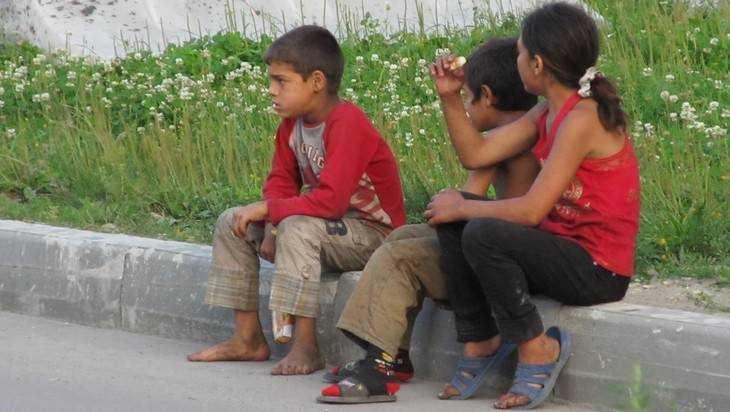 В Брянске детские врачи пытаются поставить на учет цыган