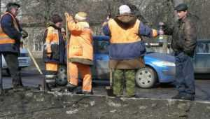 В Брянске ямы на новых дорогах залатают до 8 мая
